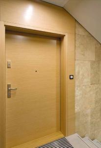 Входные квартирные двери